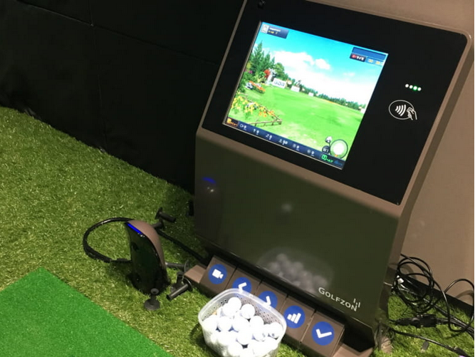 ライザップゴルフ計測器モニター
